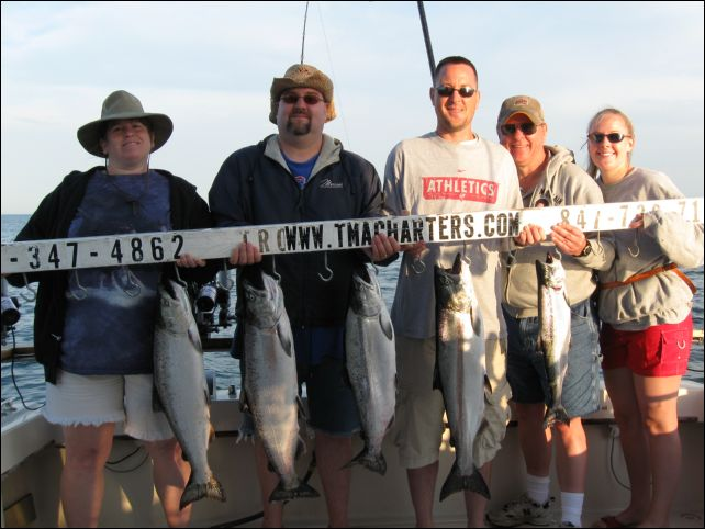 Charter fishing waukegan illinois sport fishing tma for Waukegan fishing charters