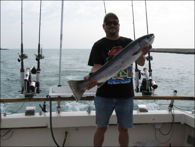 Our fishing trips charter fishing in waukegan illinois for Waukegan fishing charters